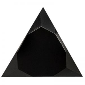 triunghi-negru